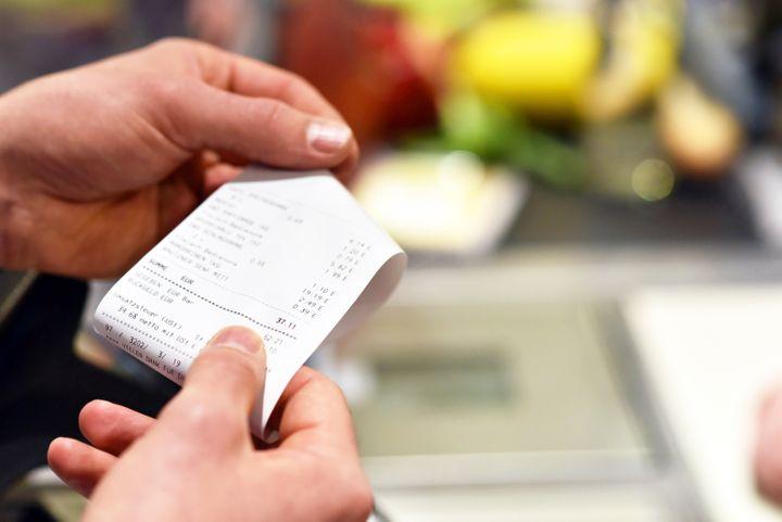Una sentencia establece que no hace falta factura para desgravarse un gasto